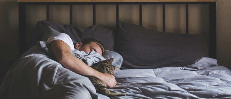 10 Relaxing Activities to Try Before Bed (and Fall Asleep Fast)