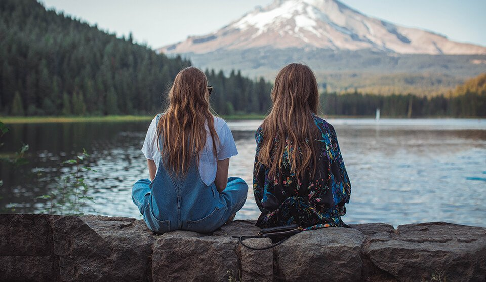Spending time with friends to calm anxiety