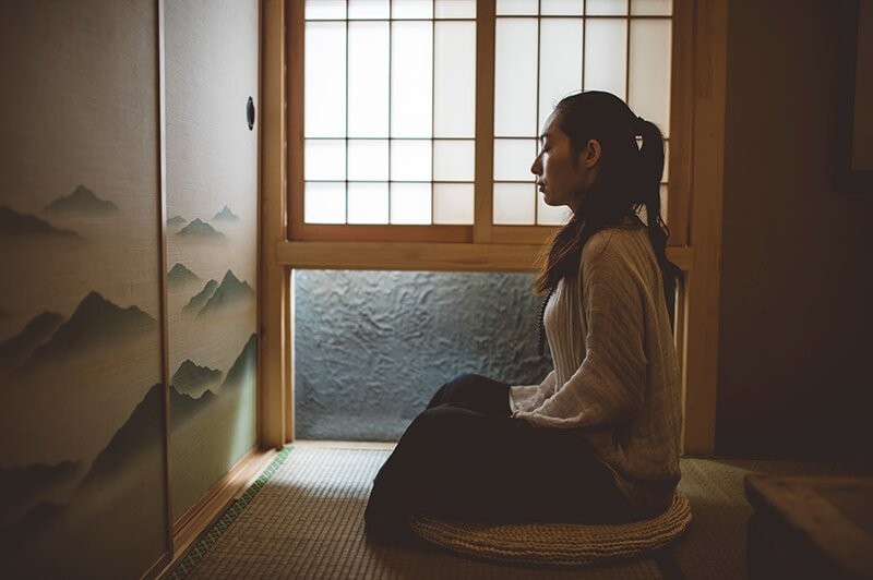 Sitting posture for a vipassana practice